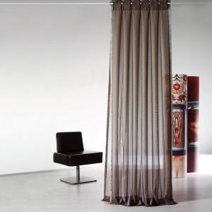 neue wohnideen f r wohnzimmer mit vorh ngen und gardinen. Black Bedroom Furniture Sets. Home Design Ideas