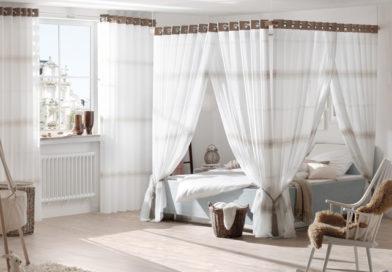 So finden Sie die richtigen Vorhänge für Ihr Schlafzimmer im Sommer
